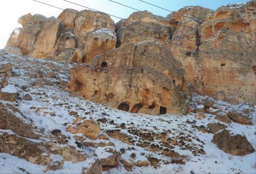Le antiche grotte